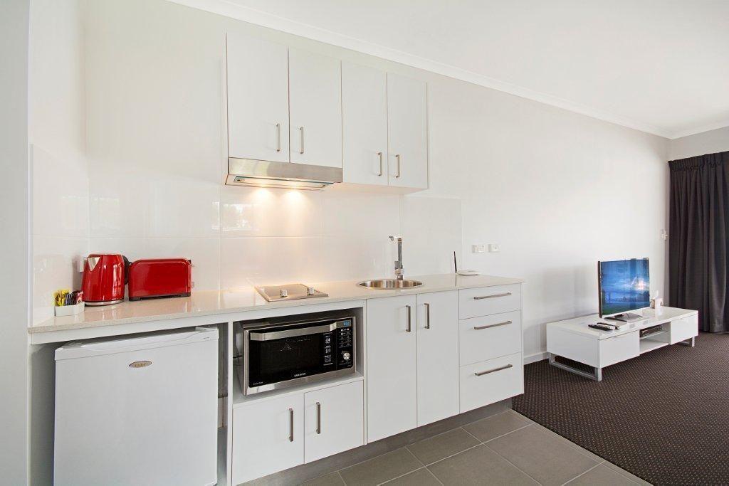 Cooroy Noosa luxury motel Sunshine Coast