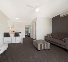 Cooroy motel apartments